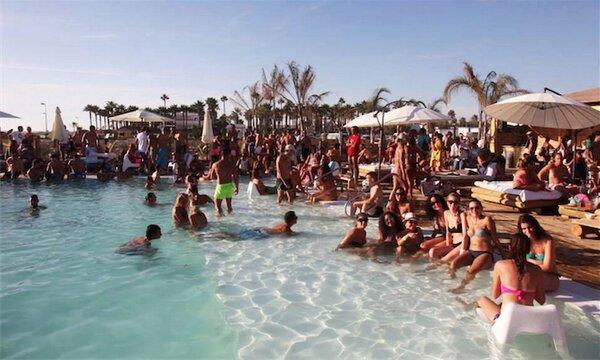Fiestas en Chiringuitos en Conil de la Frontera y El Palmar