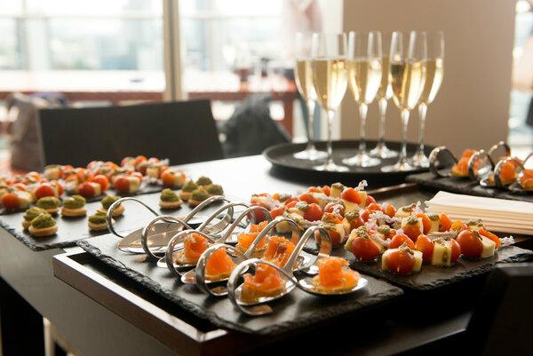 Comidas y Cenas con Catering en Tarifa