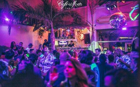 Fiestas en Discoteca