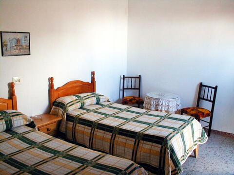 Hostal en Conil de la Frontera y El Palmar - facundo1.jpg