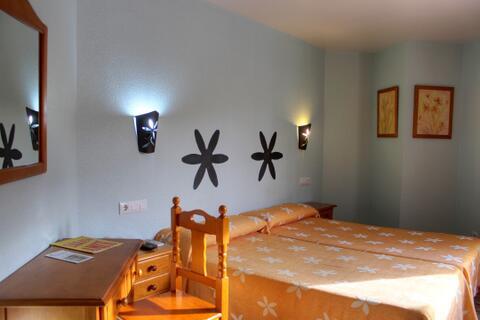 Hostal en Conil de la Frontera y El Palmar - Las-Magaritas14.jpg