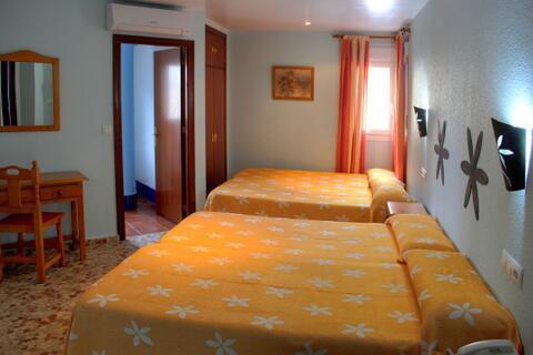 Hostal en Conil de la Frontera y El Palmar - Las-Magaritas16.jpg