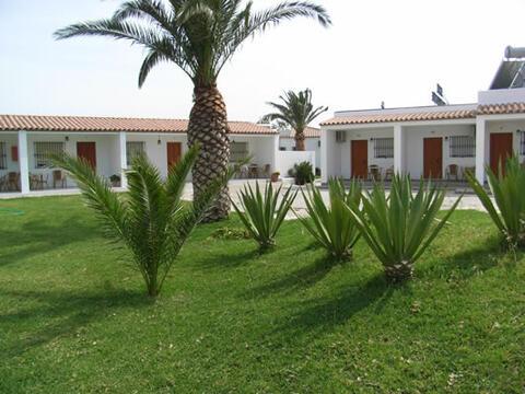 Hostal en Conil de la Frontera y El Palmar - levante2.jpg