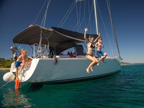 Paseos en Barco en Tarifa - Barco en Tarifa 01.jpg