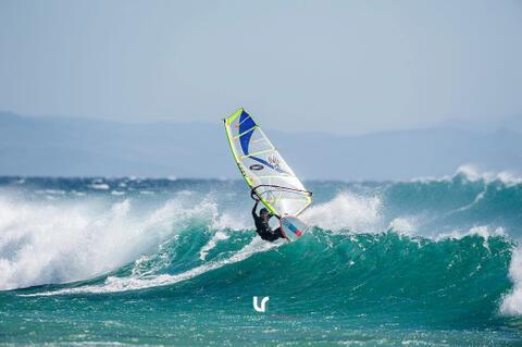 Kitesurf y Windsurf en Tarifa - Windsurf en Tarifa 01.jpg