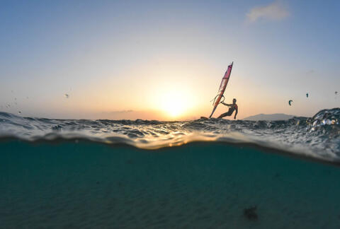Kitesurf y Windsurf en Tarifa - Windsurf en Tarifa 03.jpg