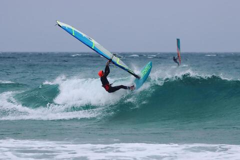 Kitesurf y Windsurf en Tarifa - Windsurf en Tarifa 14.jpg