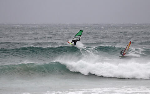 Kitesurf y Windsurf en Tarifa - Windsurf en Tarifa 16.jpg