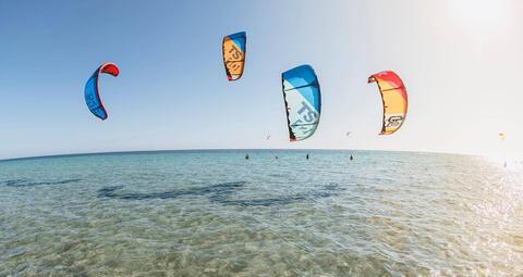 Kitesurf y Windsurf en Tarifa - Kitesurf en Tarifa 01.jpg