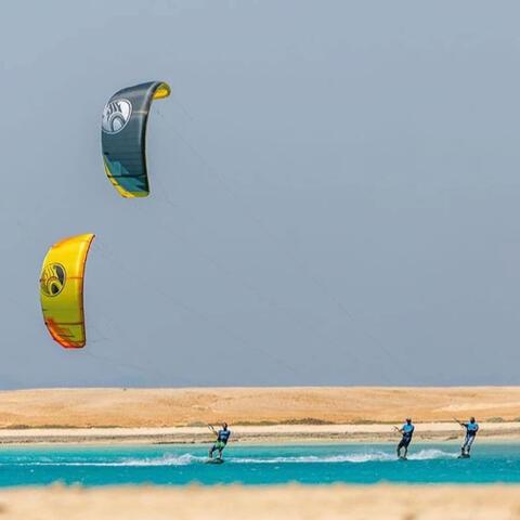 Kitesurf y Windsurf en Tarifa - Kitesurf en Tarifa 17.jpg